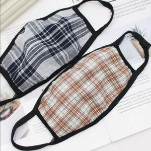 Accessories - Coming soon plaid face mask 😷 100% Cotton